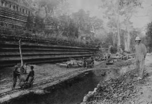 Baphuon temples in 1923 - École française d'Extrême-Orient