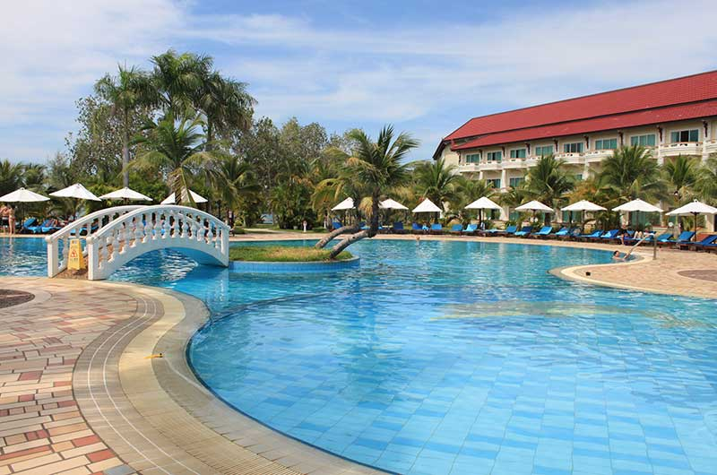 Sokha Beach resort swimming pool