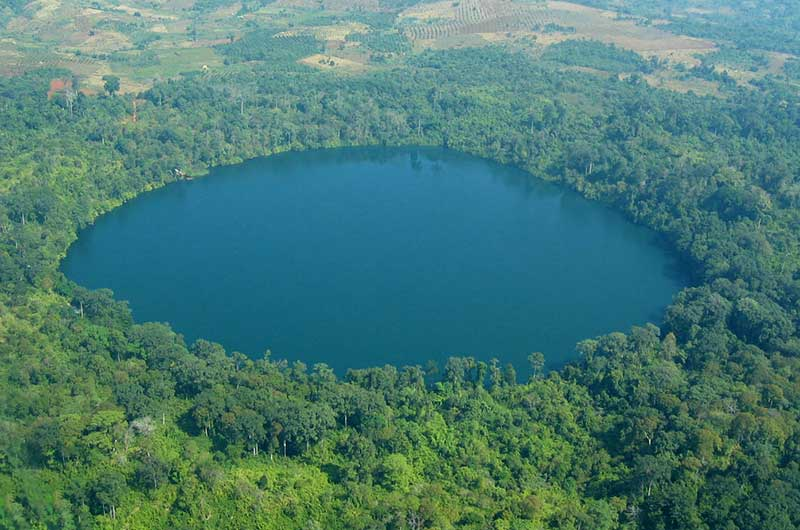 Yaklom Crater Lake
