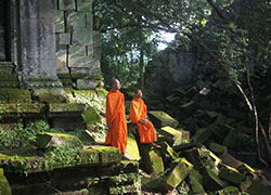 Monks at Beng Mealea