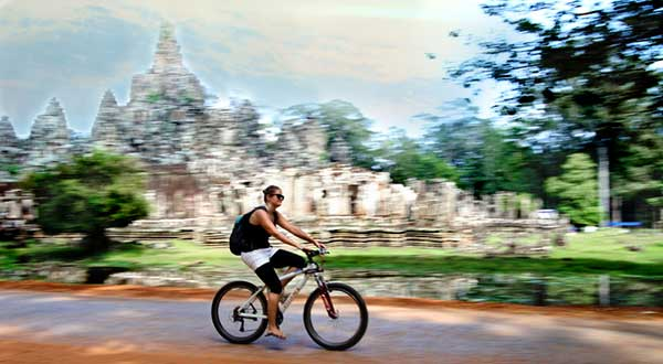Angkor Thom cycling