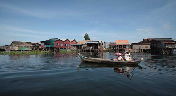 Cruise the Tonle Sap