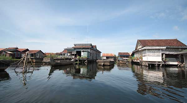 Floating Houses on the great Tonle Sap Lake