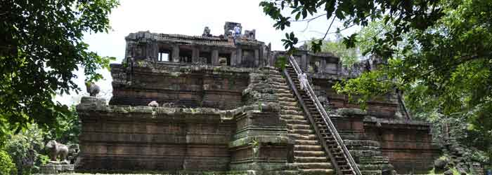 Phimeanakas temple cambodia - around 15km from Siem Reap