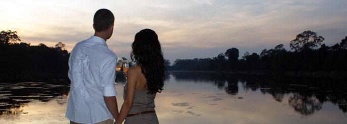 Champagne, Angkor Wat Graben; ABOUTAsia Travel - Siem Reap-basierte, Kambodscha Reisespezialisten