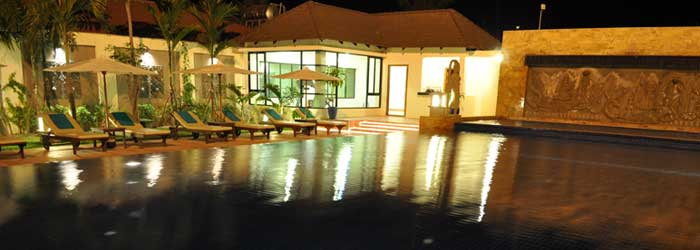 royal empire, siem reap  - pool at night