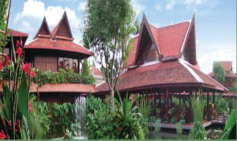 Angkor Village Hotel in Siem Reap