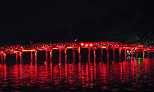 One of Hanoi´s many bridges
