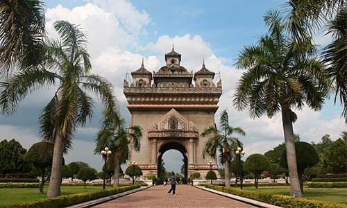 Patuxai Independence Monument © Chin tin tin