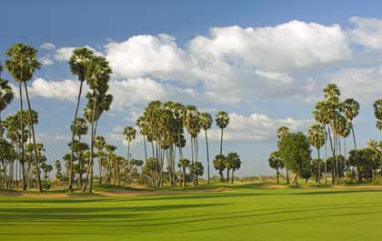 angkor golf hole 2