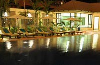 Royal Empire Hotel pool