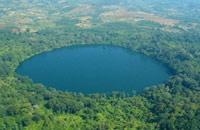 yaklom crater lake, ratanakiri